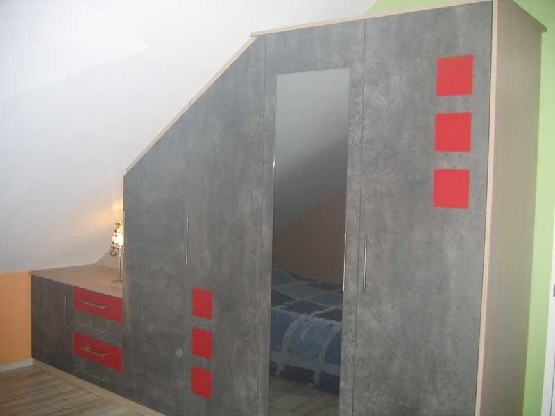 Placards sur mesure 38 saint marcellin par les meubles - Realiser placard sous pente ...