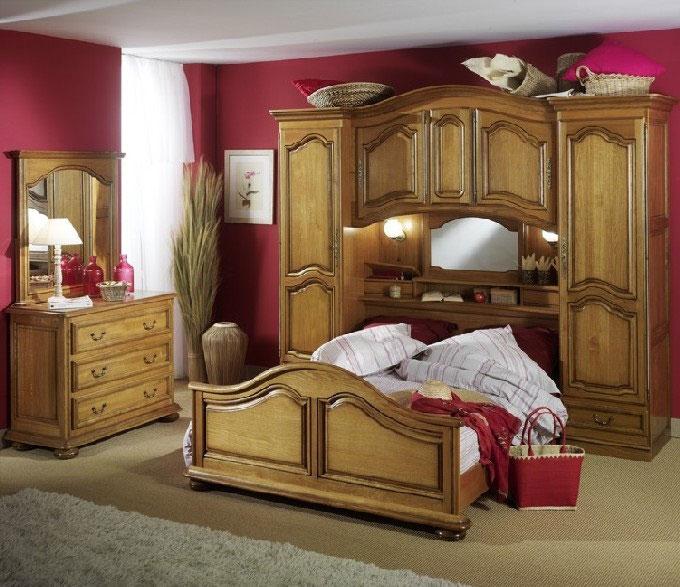 Chambres saint marcellin lit rustique saint marcellin par for Chambre a coucher avec prix
